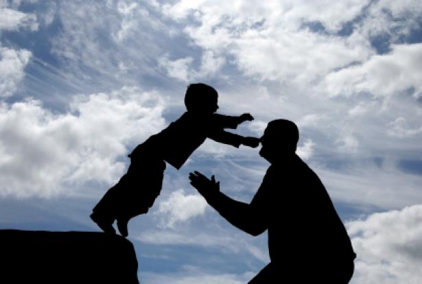 https://roshan80986.files.wordpress.com/2014/09/42832-trust-fatherandson-trust.jpg?resize=615%2C414