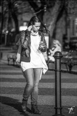 girl-293305_1280