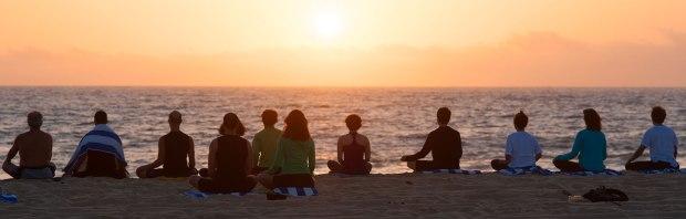 mindfulhappiness_benefitsofgroupmeditation1