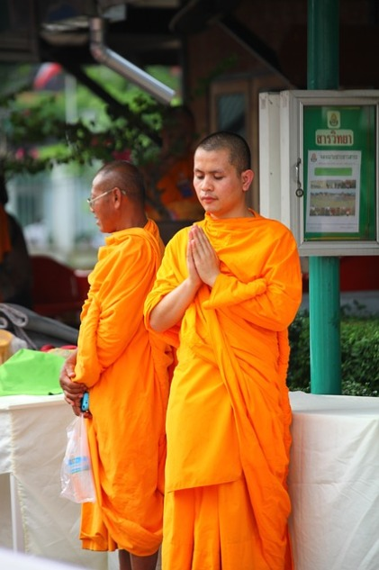 buddhists-456267_640