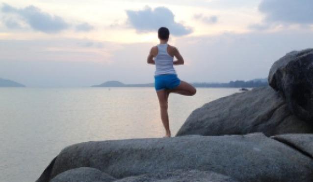 yoga-405507_640