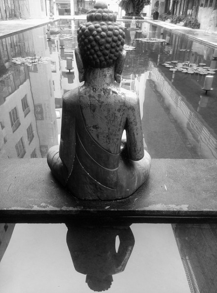 the-buddha-841151_640